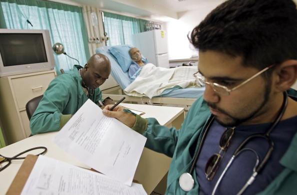 Medical Clinic「Venezuela Holds Presidential Elections」:写真・画像(5)[壁紙.com]