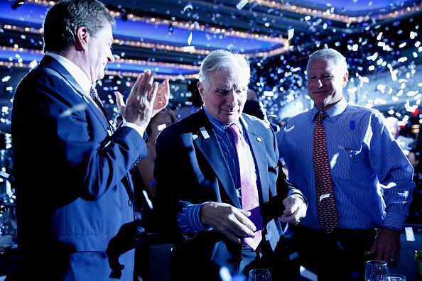 ミッドタウンマンハッタン「32nd Annual Great Sports Legends Dinner To Benefit The Miami Project/Buoniconti Fund To Cure Paralysis - Dinner」:写真・画像(1)[壁紙.com]