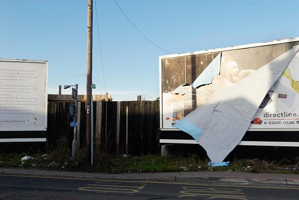 Run-Down「Bill-boards in disrepair, Colchester, UK」:写真・画像(1)[壁紙.com]
