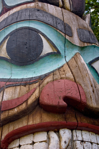 Indigenous Culture「Totem Pole Detail」:スマホ壁紙(1)