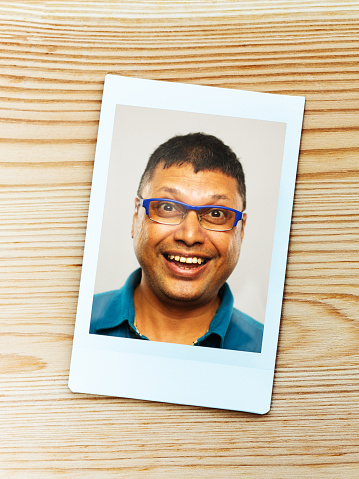 Instant Print Transfer「Instant camera portrait of real indian man with excited expression looking at camera」:スマホ壁紙(7)