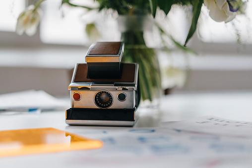 ノスタルジック「Instant camera」:スマホ壁紙(14)