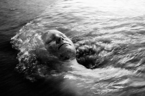 雪「Keep your head above the water」:スマホ壁紙(17)