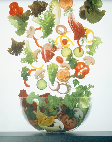 Salad「Many vegetable slices and pieces falling into a salad bowl」:スマホ壁紙(10)