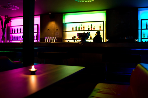 Back Lit「Bar」:スマホ壁紙(1)