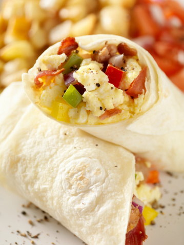 Stuffed「Breakfast Burrito with Scrambled Eggs」:スマホ壁紙(18)