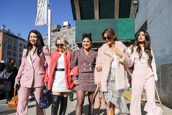 Achim Aaron Harding「Street Style - New York Fashion Week February 2019 - Day 2」:写真・画像(14)[壁紙.com]