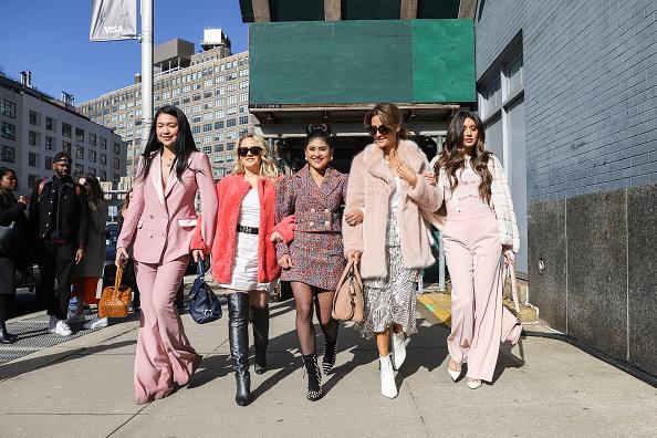 Achim Aaron Harding「Street Style - New York Fashion Week February 2019 - Day 2」:写真・画像(17)[壁紙.com]
