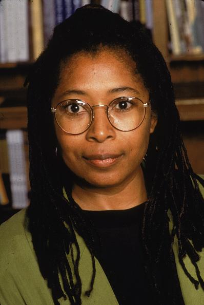 Shelf「Portrait Of Alice Walker」:写真・画像(10)[壁紙.com]