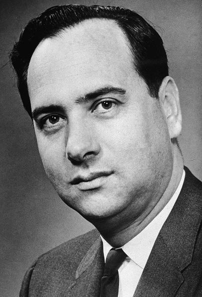 Lighting Equipment「American Physicist Theodore Harold Maiman」:写真・画像(2)[壁紙.com]