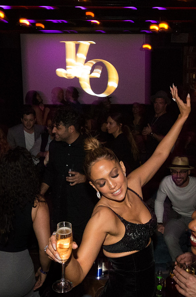 ジェニファー・ロペス「Jennifer Lopez's 2015 American Music Awards After Party」:写真・画像(17)[壁紙.com]