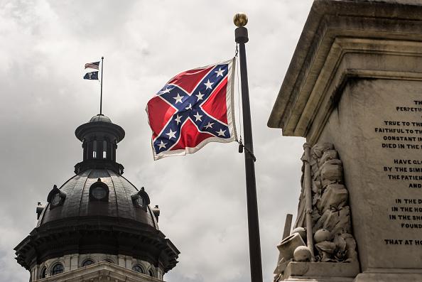 South Carolina「South Carolina Lawmakers Debate Removing The Confederate Flag Near Statehouse」:写真・画像(10)[壁紙.com]