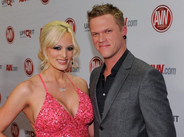 Husband「Adult Video News Awards At The Hard Rock - Arrivals」:写真・画像(0)[壁紙.com]