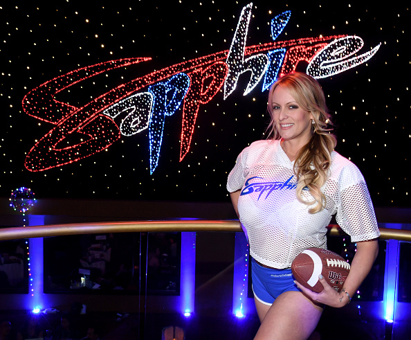 Super Bowl LII「Stormy Daniels Hosts Super Bowl Party At Sapphire Las Vegas Gentlemen's Club」:写真・画像(13)[壁紙.com]