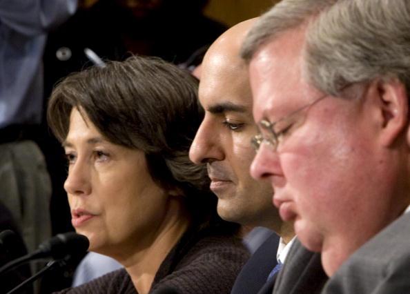 Joshua Roberts「Senate Holds Hearing On U.S. Credit Market Crisis」:写真・画像(15)[壁紙.com]