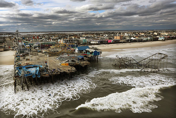East Coast Begins To Clean Up And Assess Damage From Hurricane Sandy:ニュース(壁紙.com)
