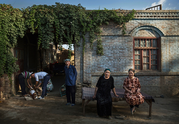 People「China's Uyghur Minority Marks Muslim Holiday In Country's Far West」:写真・画像(7)[壁紙.com]