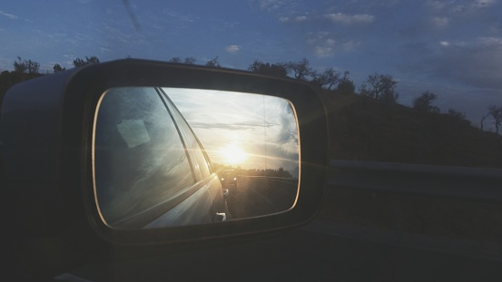 Side-View Mirror「Reflection of the sun in a car wing mirror」:スマホ壁紙(17)