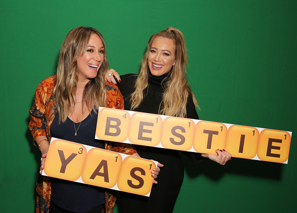 Hilary Duff「Hilary and Haylie Duff Host the Launch of Words with Friends 2 at Norah Restaurant」:写真・画像(19)[壁紙.com]