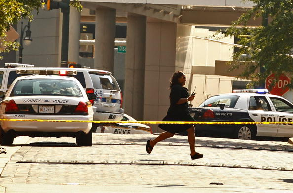 Silver Spring「Gunman Holds Hostages Inside Discovery Communications Headquarters」:写真・画像(3)[壁紙.com]