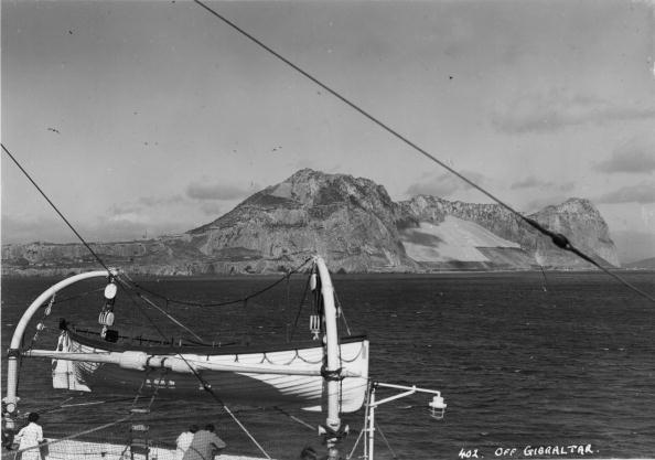 Approaching「Gibraltar Rock」:写真・画像(8)[壁紙.com]