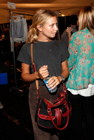 Annabelle Dexter Jones「FIJI Water at Charlotte Ronson Spring 2012 Mercedes-Benz Fashion Week」:写真・画像(8)[壁紙.com]