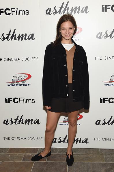 "Annabelle Dexter Jones「The Cinema Society And Northwest Host A screening Of IFC Films' ""Asthma"" -Arrivals」:写真・画像(5)[壁紙.com]"