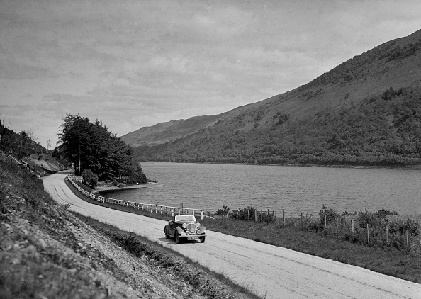 Mountain「Rover competing in the RSAC Scottish Rally, 1936」:写真・画像(14)[壁紙.com]