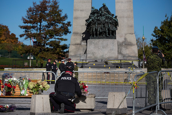 Nathan Burton「Ottawa On Alert After Shootings At Nation's Capitol」:写真・画像(18)[壁紙.com]