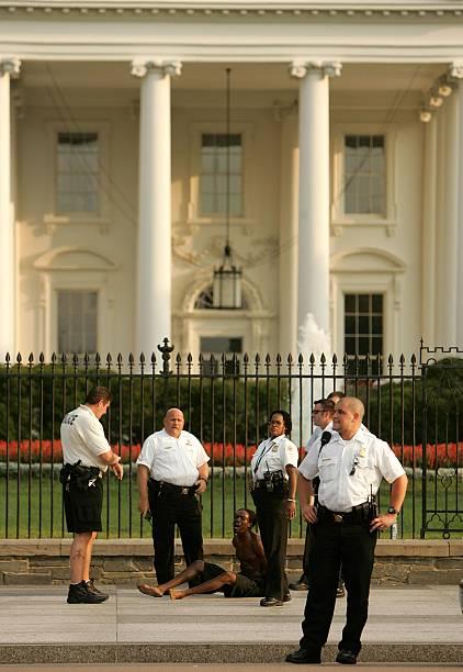 President Bush Returns To The White House:ニュース(壁紙.com)