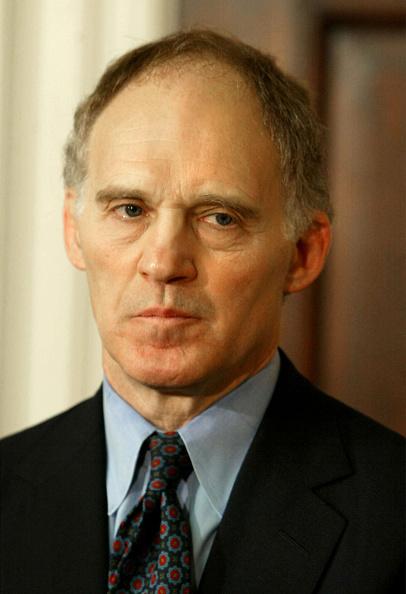 Bank Manager「U.S. President George W. Bush Announces Friedman As Top Economic Adviser」:写真・画像(12)[壁紙.com]