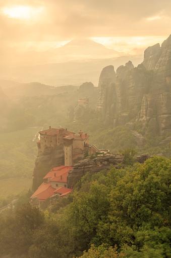 Roussanou Monastery「Greece, Thessaly, Meteora」:スマホ壁紙(19)