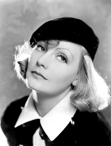 Beret「Like you want me As You Desire Me GeorgesFitzmaurice with Greta Garbo 1932」:写真・画像(6)[壁紙.com]