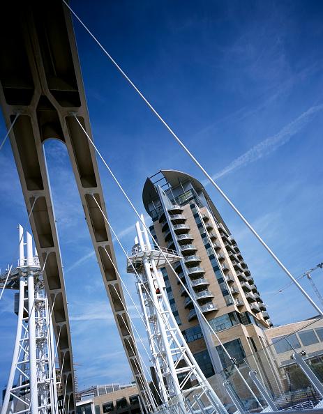 skyscraper「Lowry bridge, Manchester, England」:写真・画像(4)[壁紙.com]