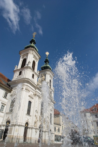 Graz「Austria, Styria, Graz, Mariahilf, View of pilgrimage church with fountain」:スマホ壁紙(19)