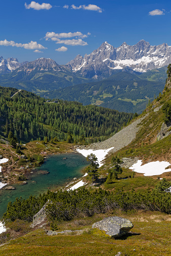 Dachstein Mountains「Austria, Styria, Liezen District, Tauern, View to Dachstein, Lake Spiegelsee」:スマホ壁紙(0)