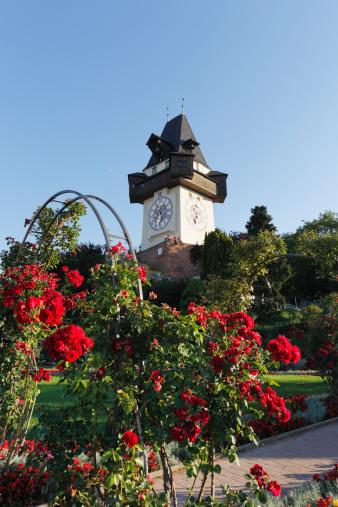 Graz「Austria, Styria, Graz, View of clock tower on Schlossberg hill」:スマホ壁紙(11)