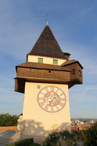 Graz「Austria, Styria, Graz, View of clock tower on Schlossberg hill」:スマホ壁紙(15)