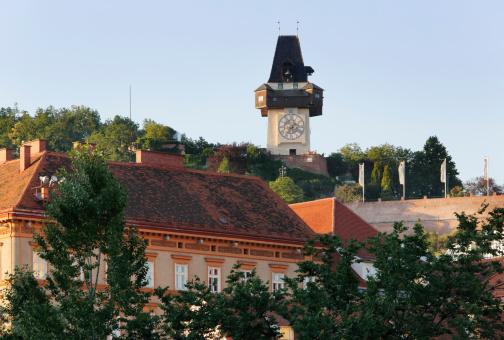 Graz「Austria, Styria, Graz, View of clock tower on Schlossberg hill」:スマホ壁紙(8)