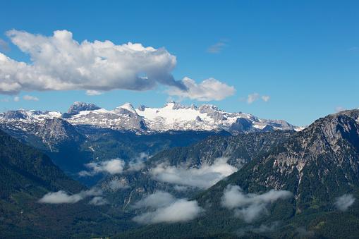 Dachstein Mountains「Austria, Styria, Salzkammergut, Ausseerland, Dachstein, Dachstein massif」:スマホ壁紙(17)