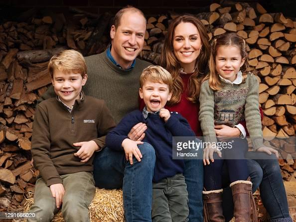 Royalty「Duke and Duchess of Cambridge - Royal Christmas cards 2020」:写真・画像(17)[壁紙.com]