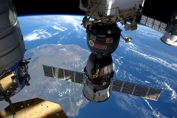 International Space Station「ESA Astronaut Tim Peake Carries Out Principia Mission On ISS」:写真・画像(7)[壁紙.com]
