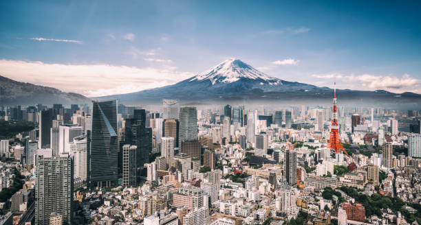 Mt. Fuji and Tokyo Skyline:スマホ壁紙(壁紙.com)