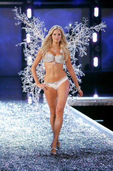 Mark Mainz「The Victoria's Secret Fashion Show - Show」:写真・画像(16)[壁紙.com]