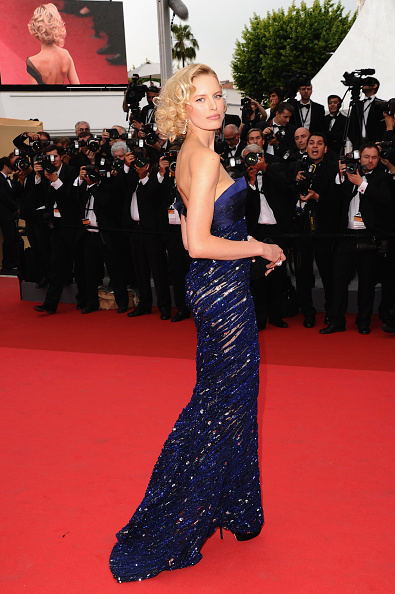 Asymmetric Dress「Opening Ceremony - 64th Annual Cannes Film Festival」:写真・画像(11)[壁紙.com]