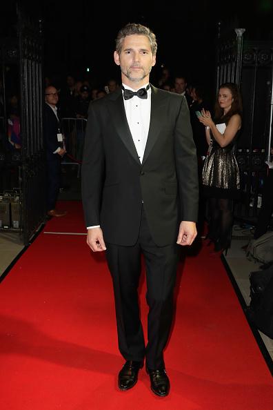 Looking At Camera「61st BFI London Film Festival Awards - Red Carpet Arrivals」:写真・画像(8)[壁紙.com]