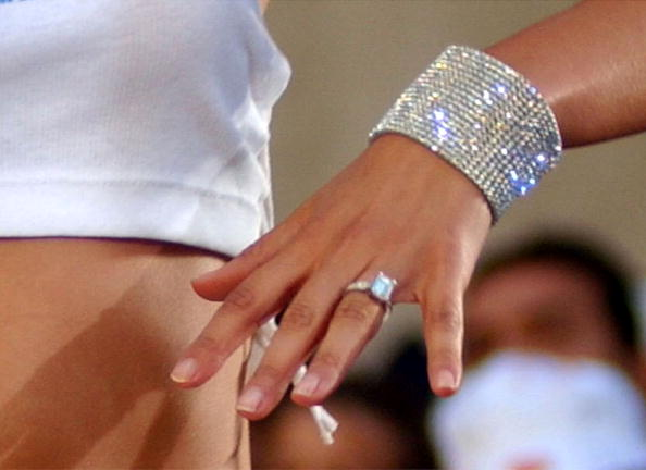 Engagement「Jennifer Lopez Performs in New York City」:写真・画像(10)[壁紙.com]