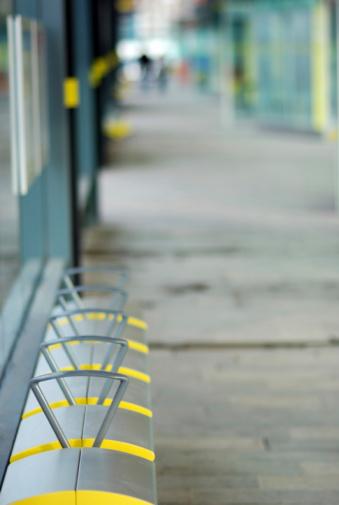 Focus On Background「Bus stop background」:スマホ壁紙(12)