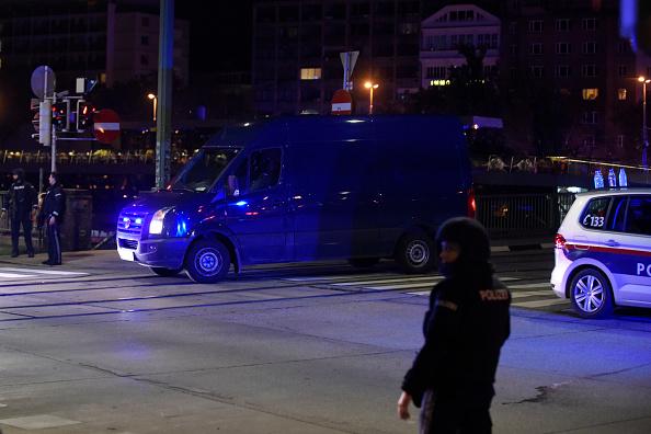 Thomas Kronsteiner「Shots Fired Near Synagogue In Vienna」:写真・画像(4)[壁紙.com]