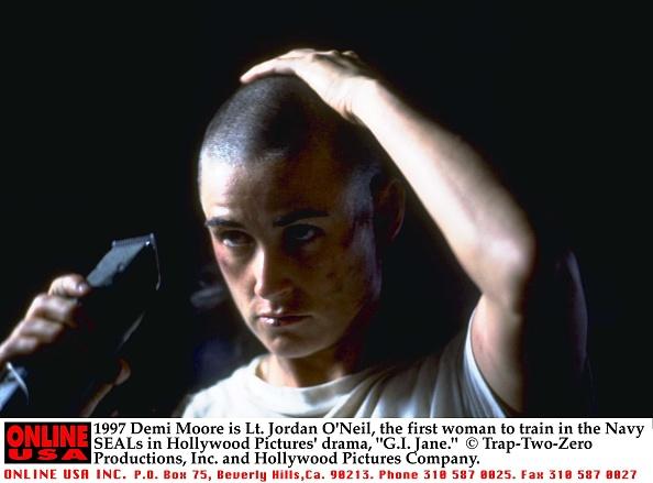 カリフォルニア州ハリウッド「Demi Moore Is Lt Jordan O'Neil The First Woman To Train In The Navy Seals In Hollywood」:写真・画像(18)[壁紙.com]